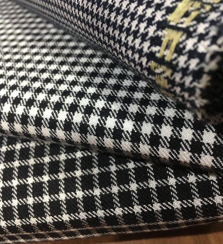 READY TO SHIP Woven Customized Pattern Plaid Tartan %67 Polyester %33 Viscose Raw 240 GSM Textile Home Fashion Upholstery