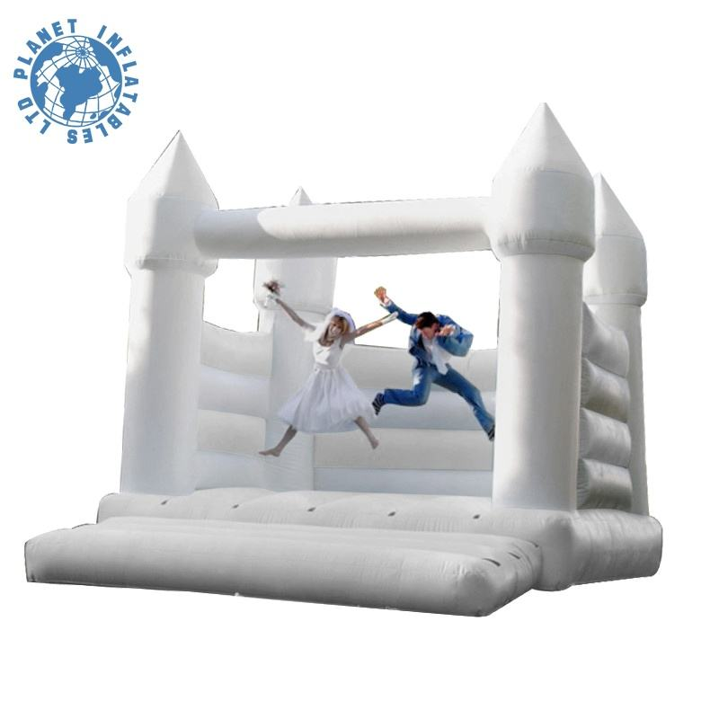 Custom Romantic White PVC Inflatable Wedding Bouncy Castle for Event Decoration