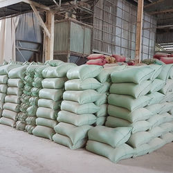 Extreme Fiber Content Rice Husk Powder Use For Animal Feeding / Burning Industry Manufacture In Vietnam