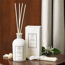 Mescente luxury 120ml high quality gold and white fabric reed diffuser with packaging