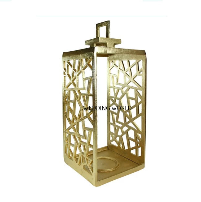 Gold Cutting Metal Lantern Gold Plated Tall Size Exclusive Design Custom Logo Different Shape Good Quality Cutting Metal Lantern