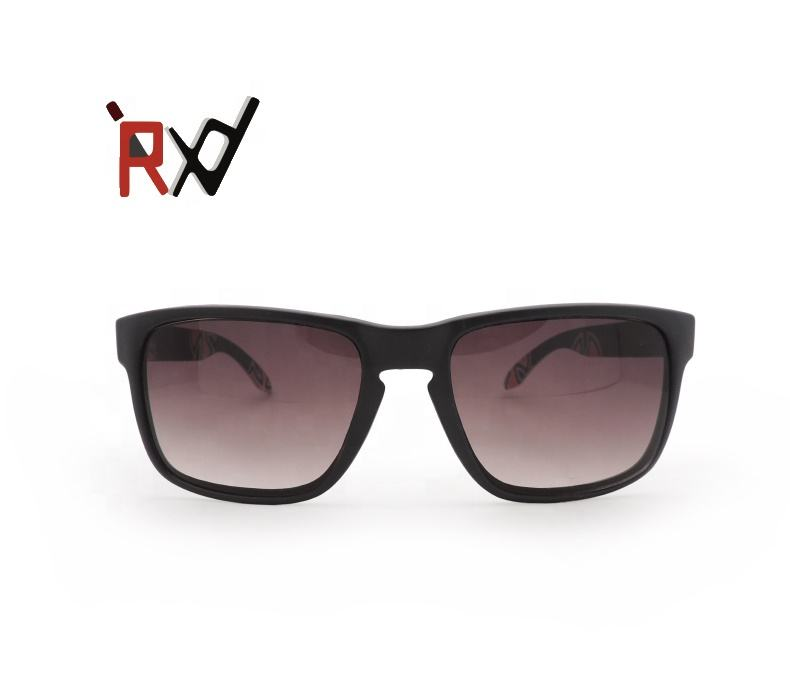 Plastic Women s Black Fashion Sunglasses