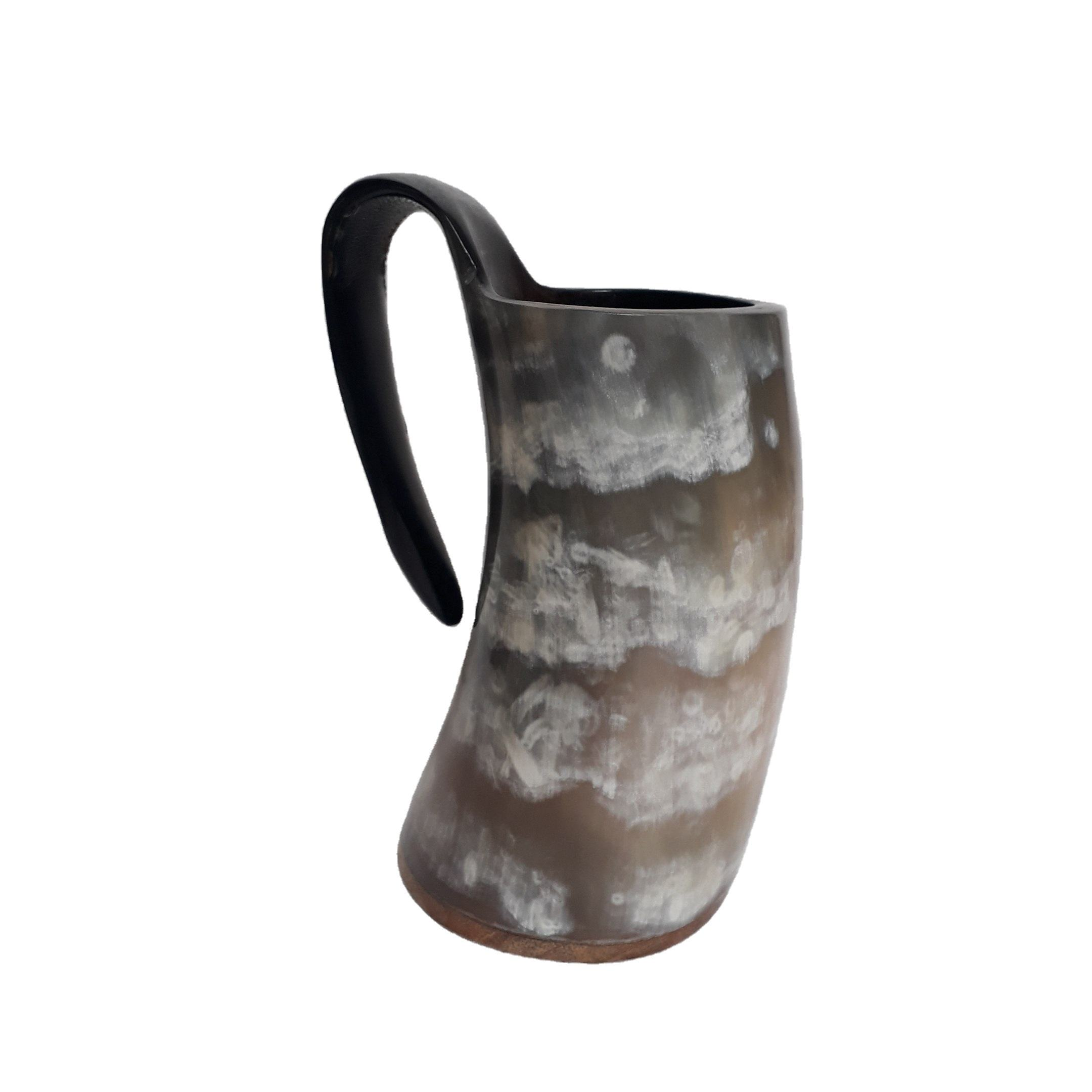 Drinking horn mug with top quality horn natural black horn mug hand long handle beer mug