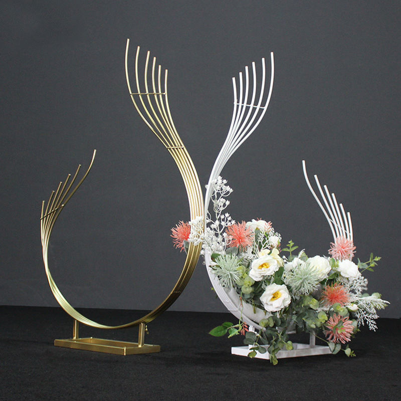 Gold Centerpiece Flower Stand Wedding Props Decoration Flower Bouquet Pedestal for wedding Road Lead