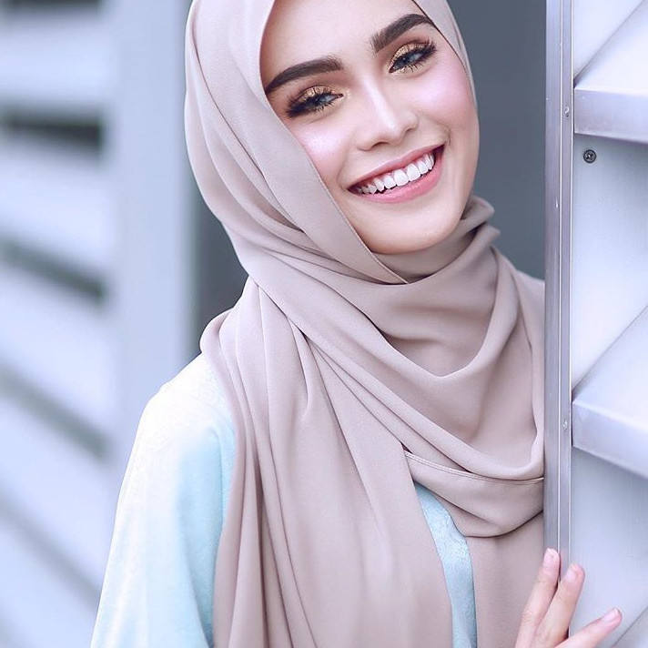 Femmes plaine <span class=keywords><strong>bulle</strong></span> wrap imprimé couleur unie châle bandeau en mousseline <span class=keywords><strong>de</strong></span> <span class=keywords><strong>soie</strong></span> hijab écharpe musulmane 60 couleurs