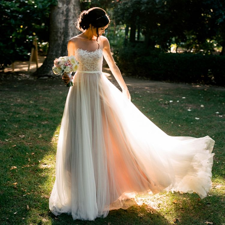 #667 Sleeveless O-Neck Lace Elegant Simple Bridal Dress with Fast Delivery
