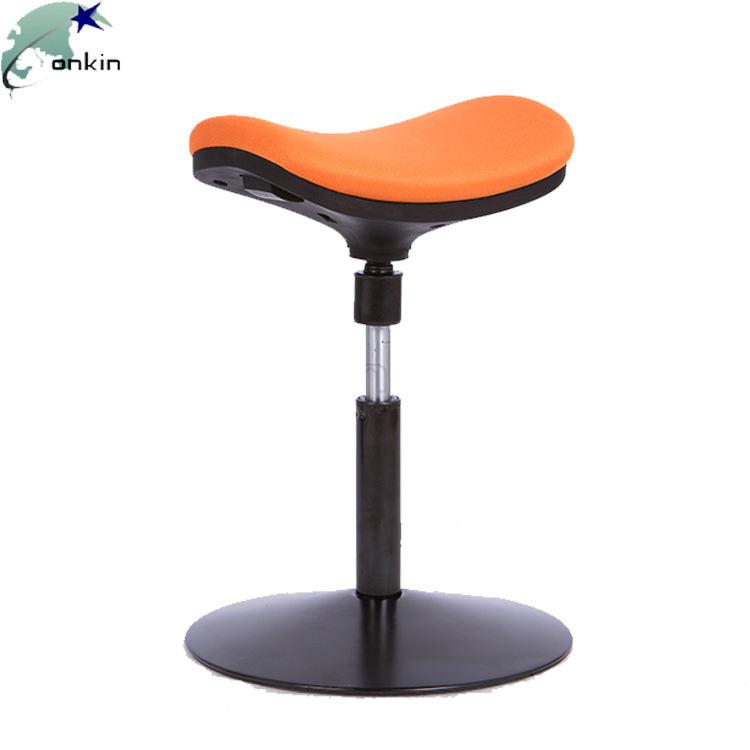 Estofos em tecido moldado da espuma Ergonomia auto-estabilizável cadeira do tamborete do balanço de Wobble