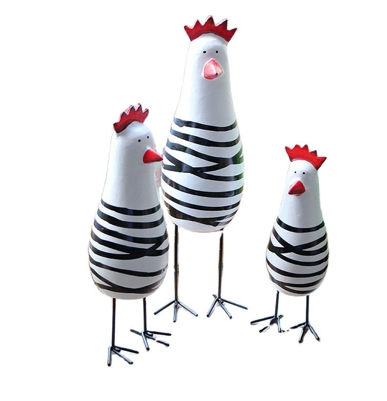 zakka Creative Home Decoration wooden craftwork Hand carved wood carving decoration Chicken family3Set