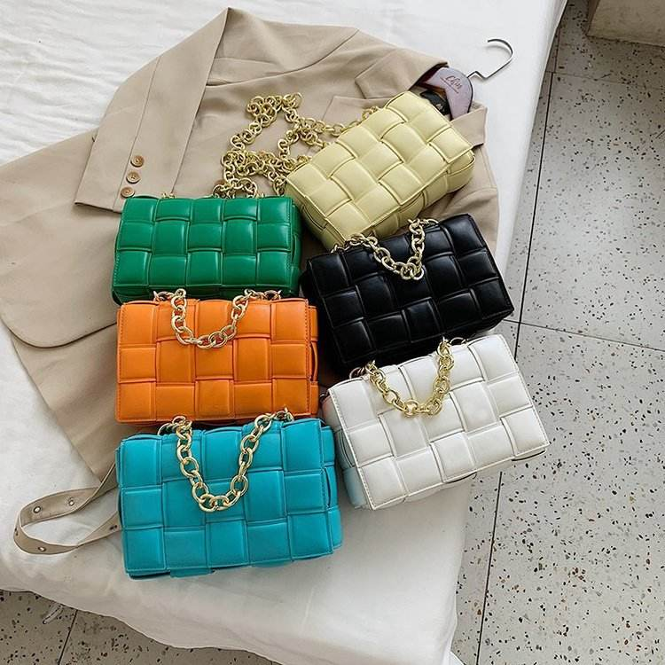 Factory outlets PU leather maxi weave Cross-body handbags the chain cassette bags fashion and luxury Hot sale products