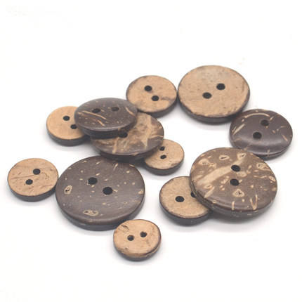 2020 16L- 54L 2Holes 4 Holes Natural Eco friendly with laser designs coconut shell button
