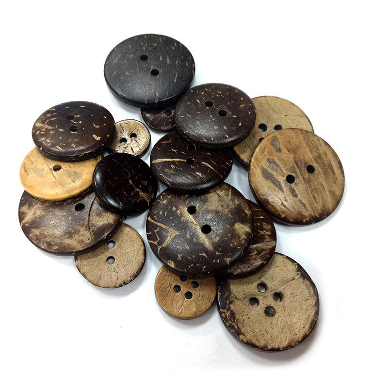 Venta al por mayor de accesorios de prendas de vestir variedad 4 agujeros botones de plástico para camisas