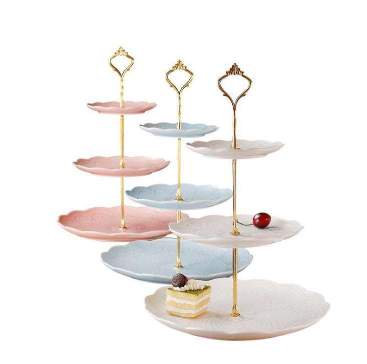 Modieuze Europese Stijl 3 Tier Cake Plate Stand Handvat Monteren Zilver Goud Wedding Party Crown Rod