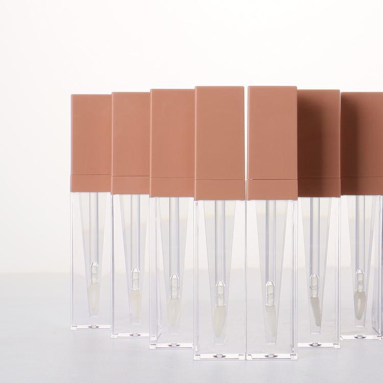 Nova Chegada de Luxo de Estilo Único Espaço De Enchimento A Granel Especial Tubo Lip Gloss Varinha com Private Label