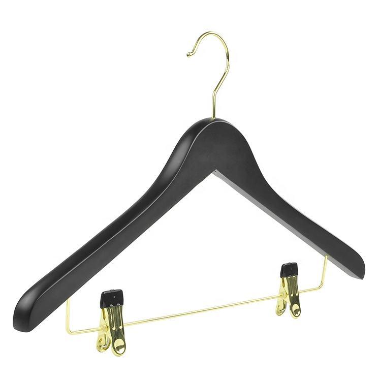 Luxus breite schulter anzug jack <span class=keywords><strong>kleiderbügel</strong></span> <span class=keywords><strong>zeder</strong></span> massivholz schwarz malerei mantel <span class=keywords><strong>kleiderbügel</strong></span>