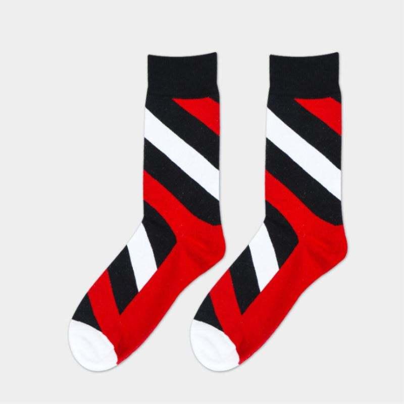 Разнообразие фасонов вязание узор приятные носки для парней