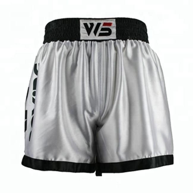 Schwarz und weiß kämpfer thai tragen boxen mma shorts kanada <span class=keywords><strong>geschichte</strong></span>