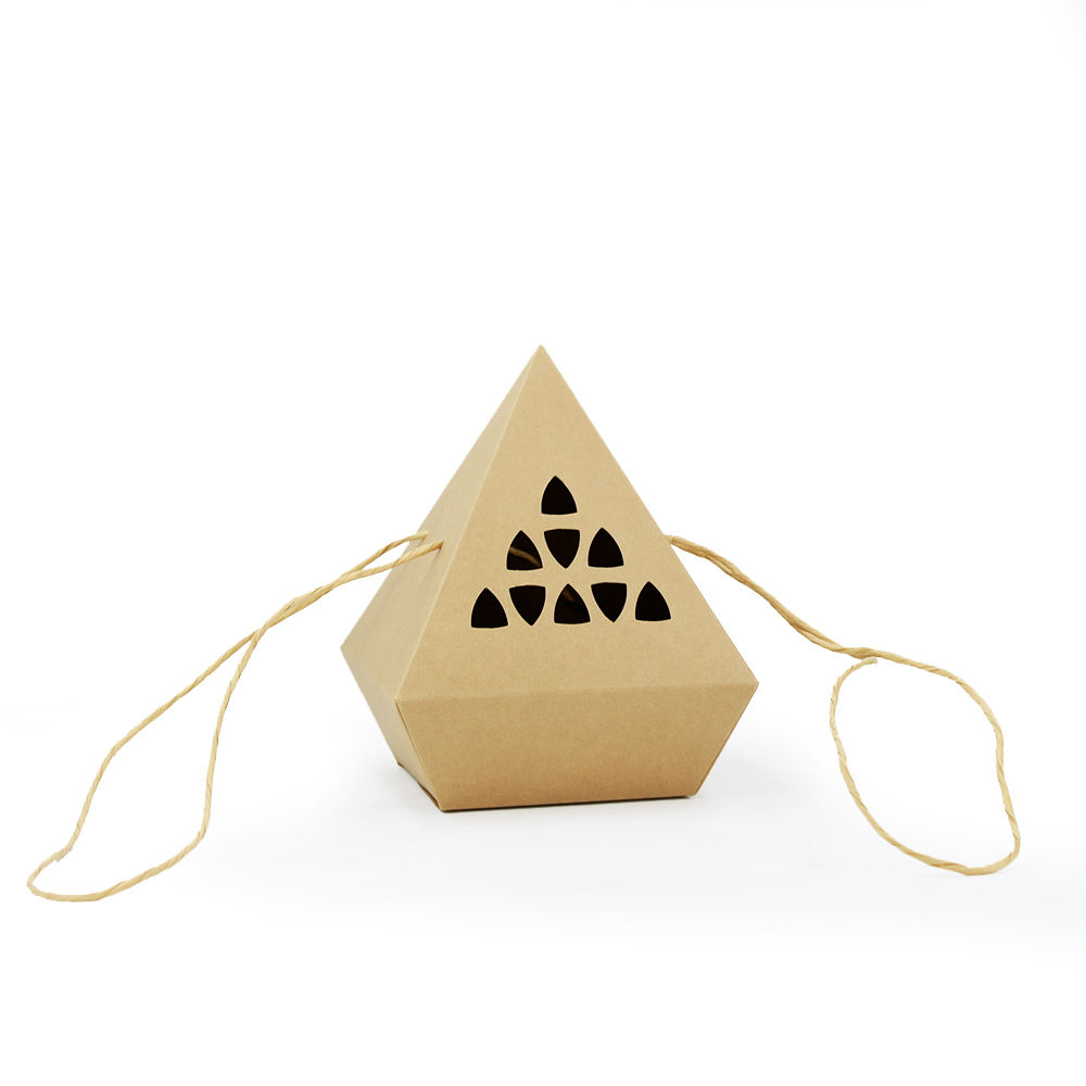 Tipo de papel de cartón y aceptar pedido personalizado caja de papel Kraft con giro cuerda