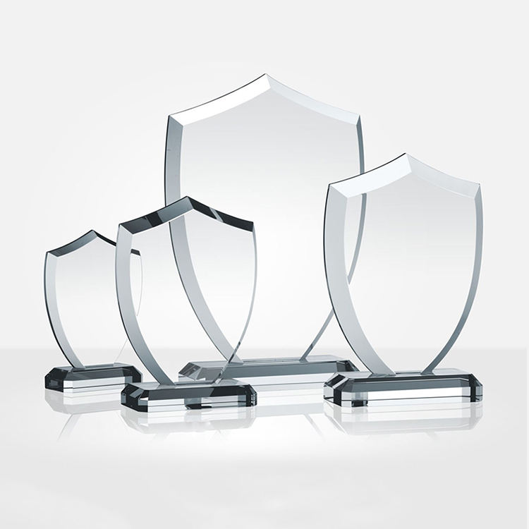 High quality engravable trophy crystal award shield manufacture