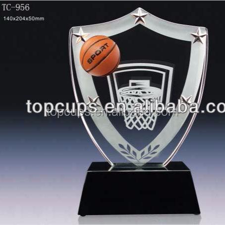 Livraison rapide de basket-ball cristal prix avec le meilleur service