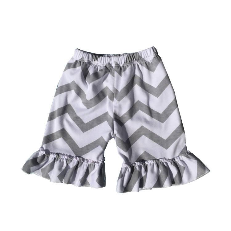 Новый стиль бутик за рубежом Короткие штаны для маленьких девочек с оборками Капри chevron Высокая талия танец шорты