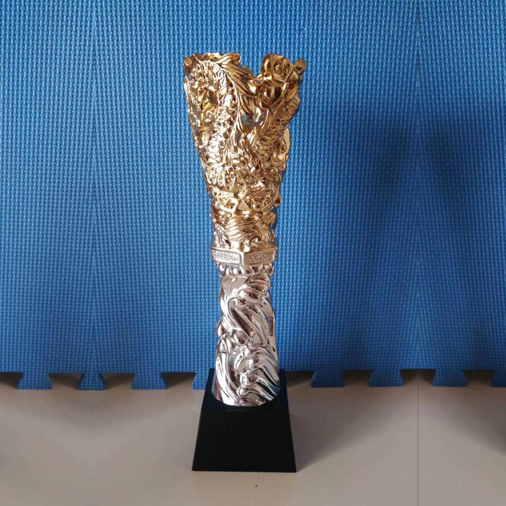 Nueva llegada chapado en oro plata dragón de Metal trofeo antorcha forma trofeo