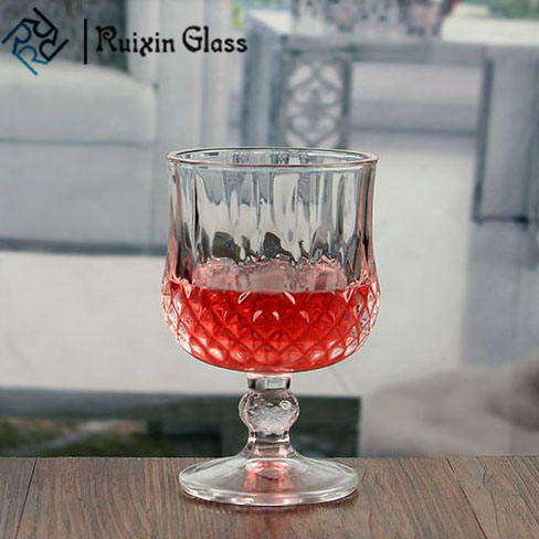 Nouveau style petite balle courte tige de verre de vin <span class=keywords><strong>en</strong></span> <span class=keywords><strong>relief</strong></span> unique rouge verres à vin <span class=keywords><strong>en</strong></span> gros