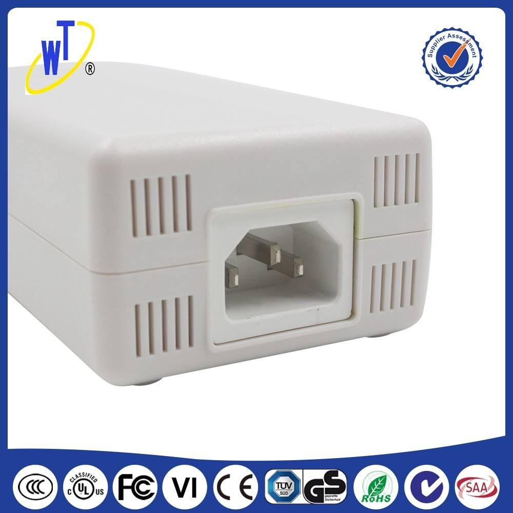 Venta caliente de LA UE plug Montaje En <span class=keywords><strong>Pared</strong></span> 18 W AC DC adaptador de cargador de viaje