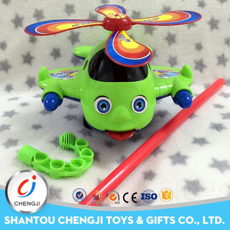 2016 comercio al por mayor modelo de avión de juguete de mano empuje