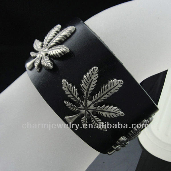 Heißer verkauf 2013 ganja blatt charme schwarzes lederarmband für männer bgl-001