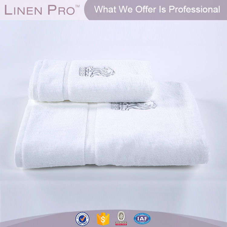 Elegante hotel asciugamani ricamo, hotel + bagno + asciugamano + set + con + ricamo + logo