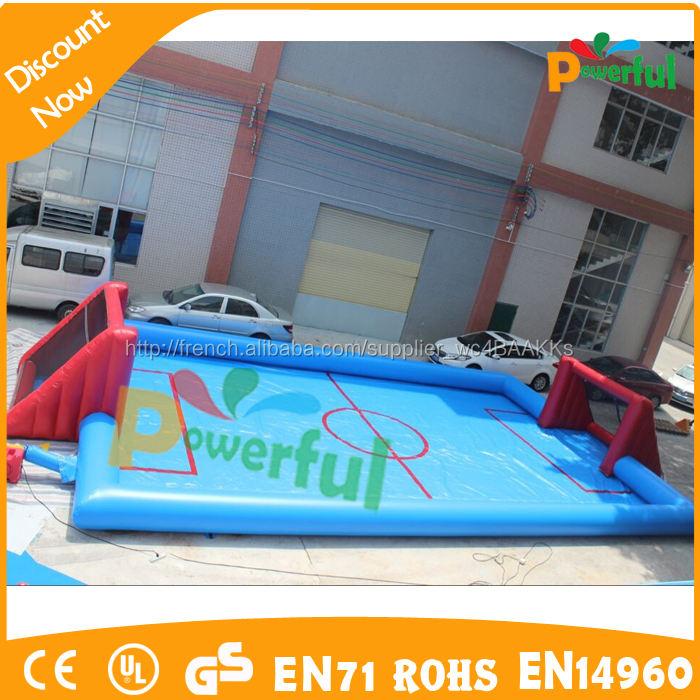 Vente chaude rouge et bleu gonflable eau terrain de football