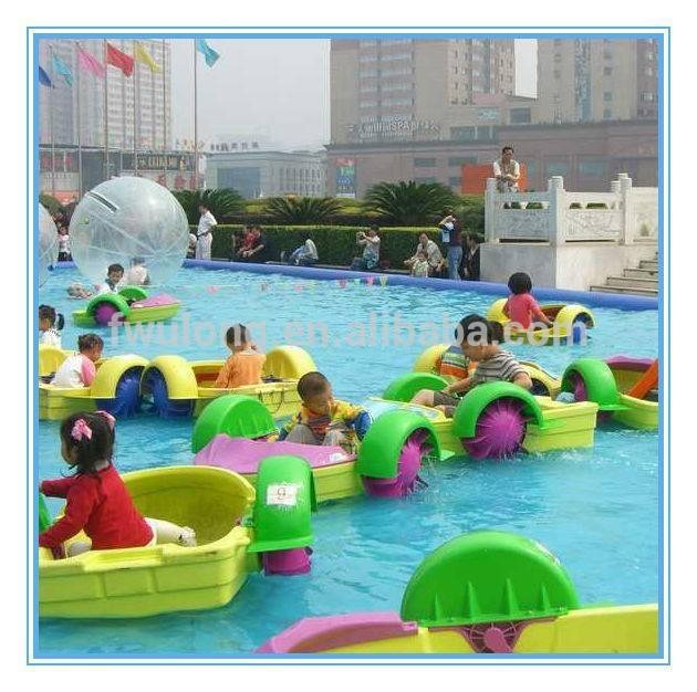 Fwulong equipo water <span class=keywords><strong>park</strong></span> piragüista barca poder / pontón bote de remos para los niños