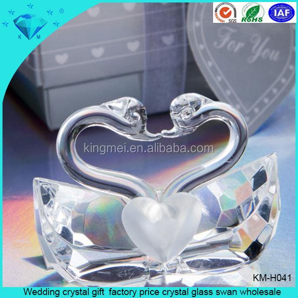<span class=keywords><strong>Prezzo</strong></span> di fabbrica all'ingrosso regali di Nozze di cristallo cigno di vetro