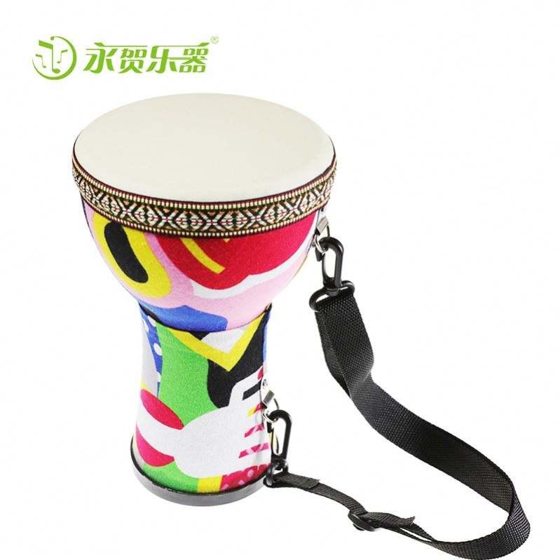 Venta al por mayor de percusión africana 8.10.12 pulgadas djembe tambor de la actuación profesional al por mayor de tambor de mano