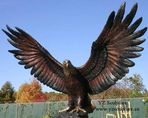 <span class=keywords><strong>Latón</strong></span>/<span class=keywords><strong>bronce</strong></span> águila escultura