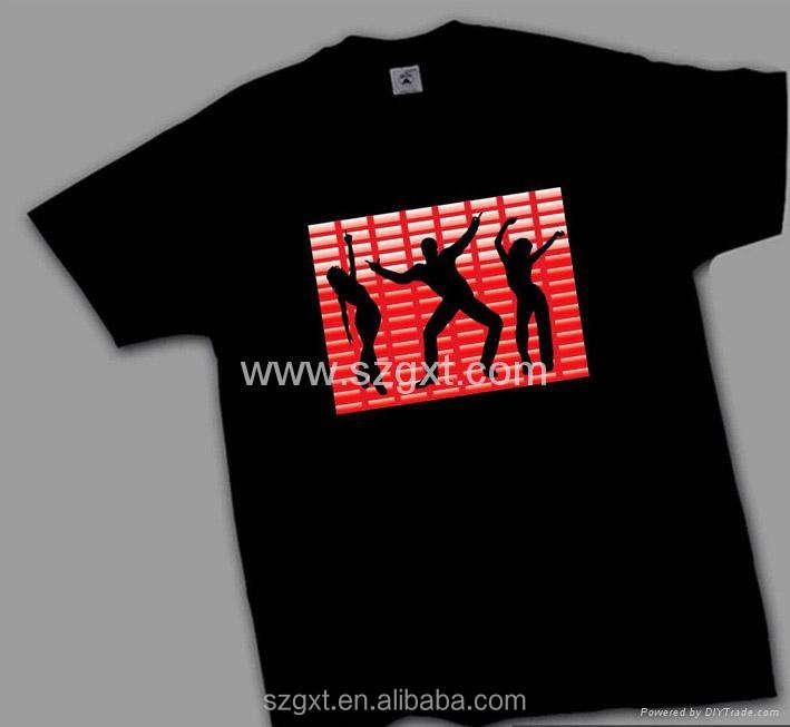 Diseño popular del reino unido bandera de labios rojo <span class=keywords><strong>led</strong></span> <span class=keywords><strong>t</strong></span>-shirt con inversor y y 100% algodón camiseta