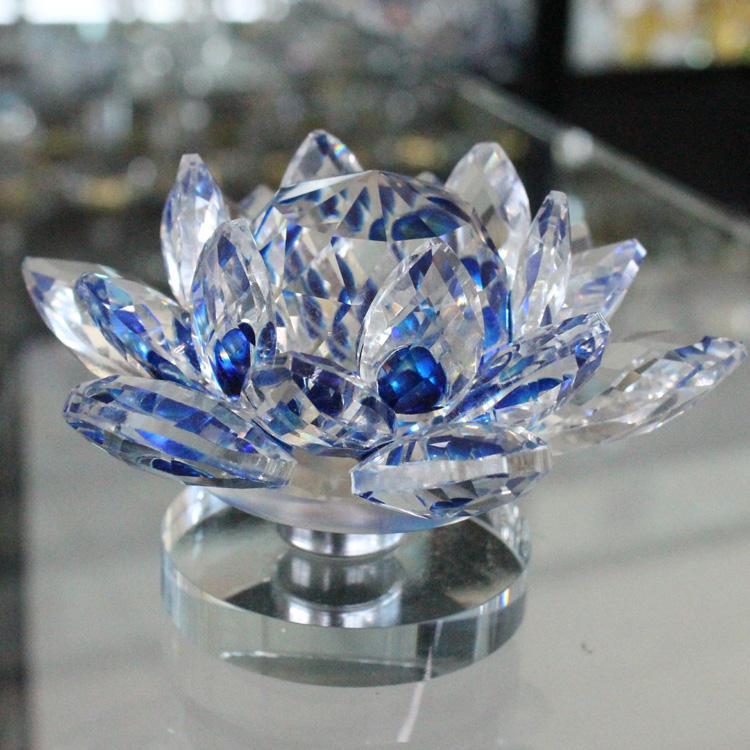 Yeni tasarım özel mavi zarif kristal cam lotus için hediyeler