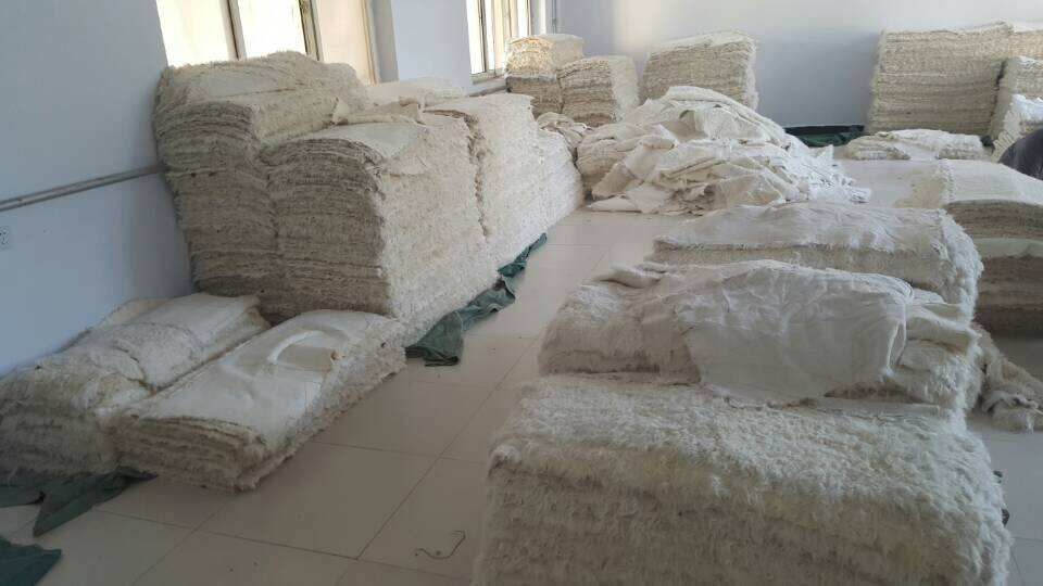 الصين مصنع توريد لوحة الفراء الغنم الحقيقي 115cm*52cm في الحجم