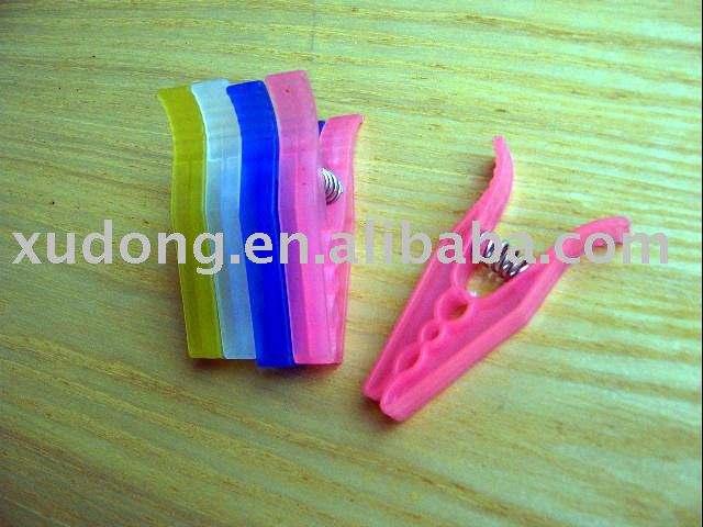 пластиковые колышки