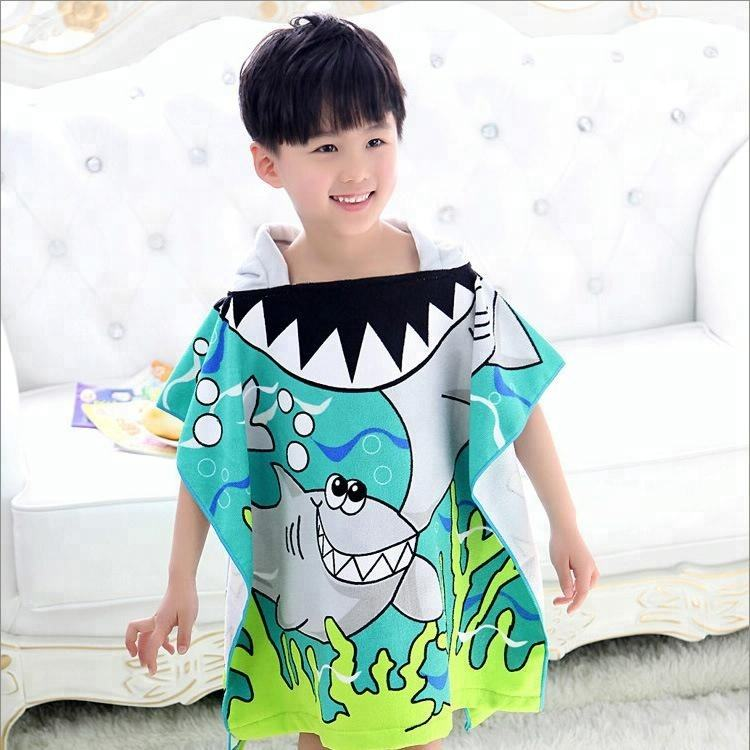 Microfiber Kids Hooded Poncho Beach Bath Towel Shark Printed Children's Hoodie Towel