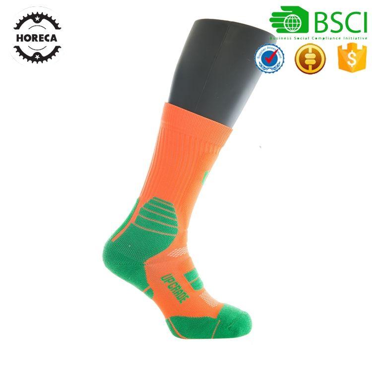Крупнейший производитель Баскетбол Спортивные Компрессионные носки для мужчин наколенника