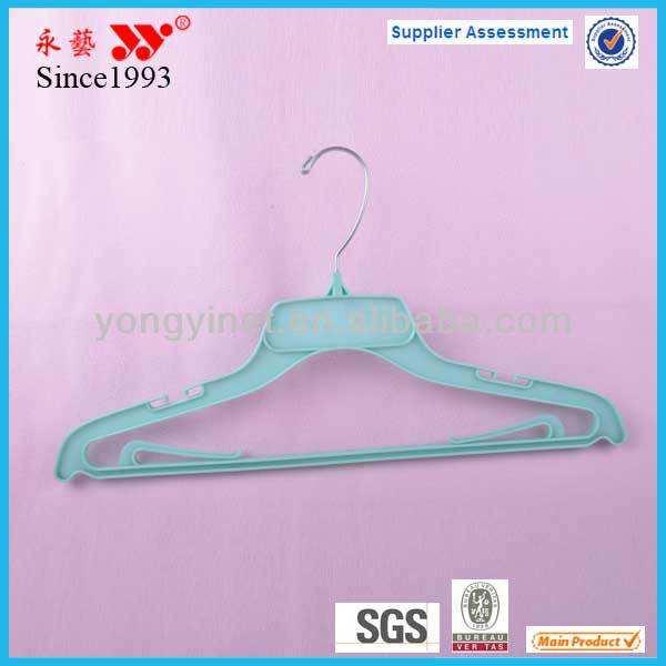 белый глянцевый круглый пластиковый багаёа вешалки для одежды