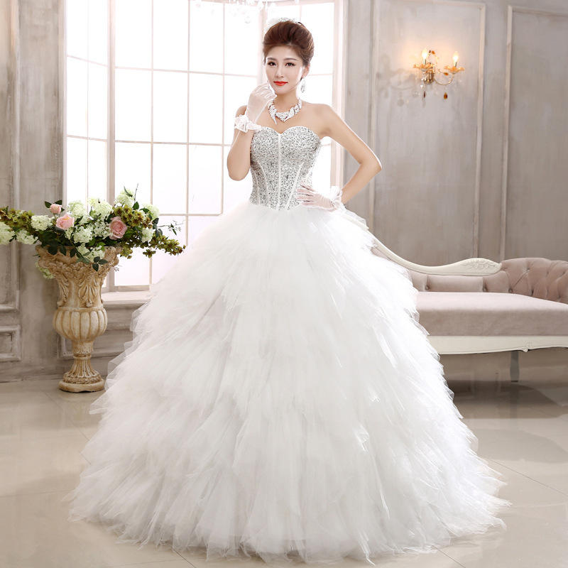 European Fashion Ivory Color Strapless Puffy Crystal Feathered Princess Wedding Gown