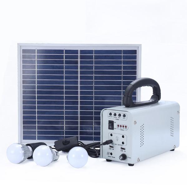 Venta al por mayor de China fuera de la red de alta eficiencia de iluminación de protección del sistema de panel solar de energí
