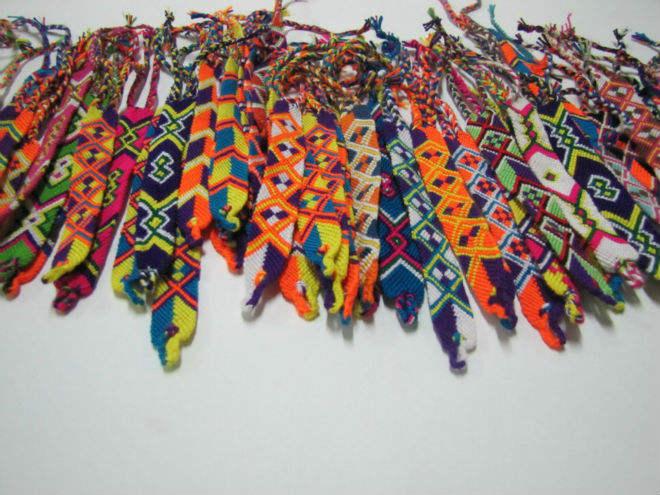 Bangle wayuu, colombian bags, friendship bracelet