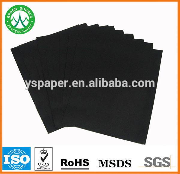 80 gsm. matières premières de papier noir/carton noir