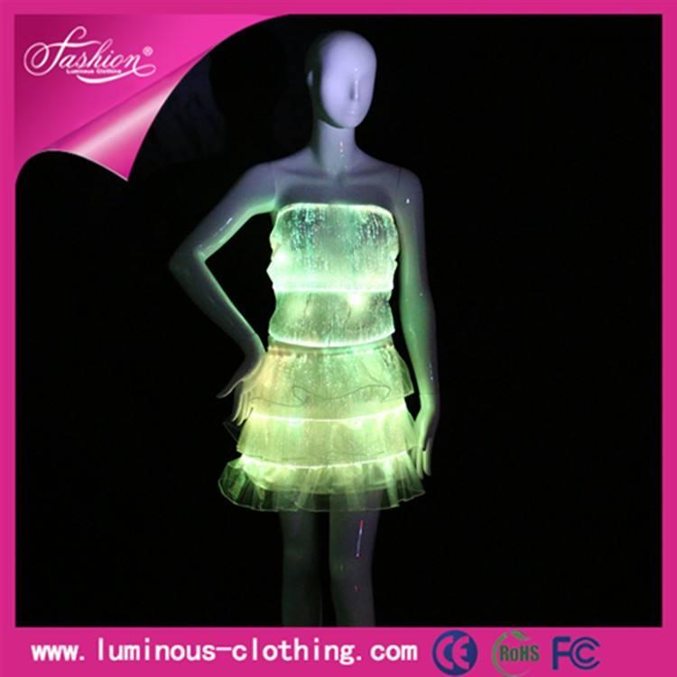 ラテンの社交ドレス照明発光セクシーなダンスの摩耗