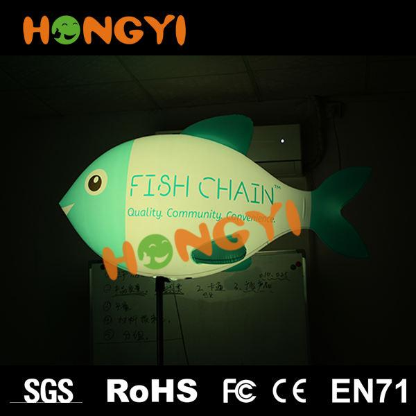 Costumbre inflable soporte triangular pescado para publicidad iluminación decorativa led color