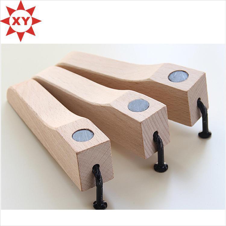 Legal do presente faia de madeira cortador de unhas com abridor de garrafas