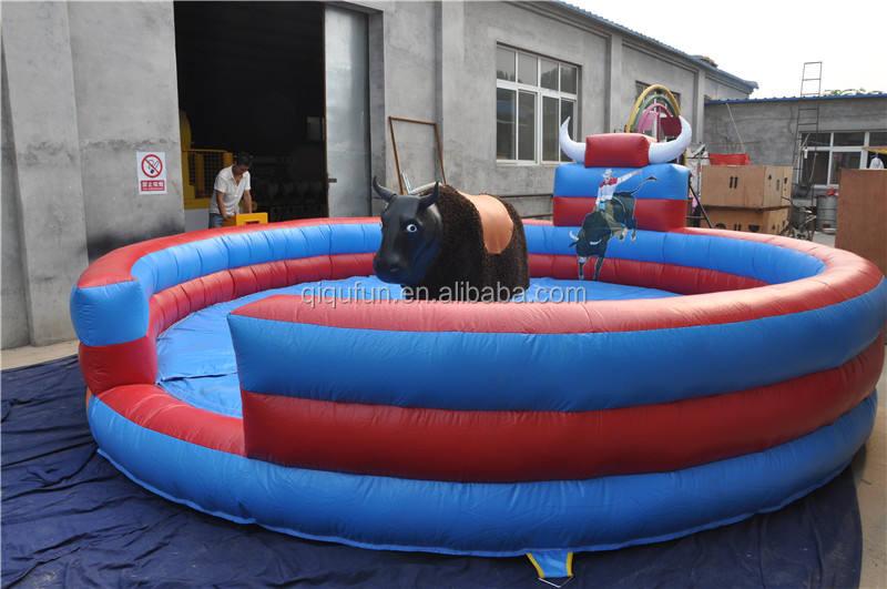 O mais novo jogo de rodeio de touro inflável para crianças e adultos, inflável touro <span class=keywords><strong>mecânico</strong></span> para venda